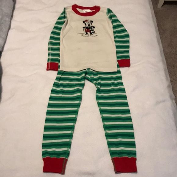 hanna andersson disney christmas pajamas